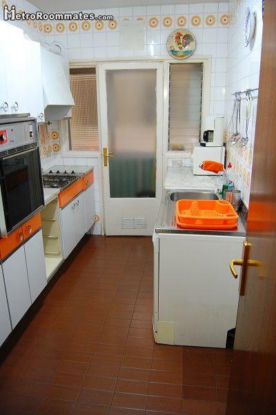 Image 10 furnished 4 bedroom Apartment for rent in Camp de lArpa, Sant Marti