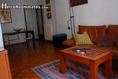 Image 2 furnished 4 bedroom Apartment for rent in Camp de lArpa, Sant Marti