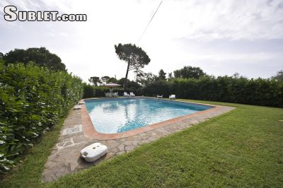 Image 3 furnished 2 bedroom Apartment for rent in Monteriggioni, Siena