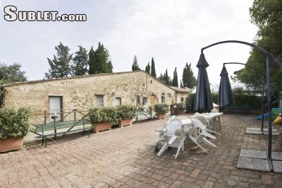 Image 4 furnished 2 bedroom Apartment for rent in Monteriggioni, Siena