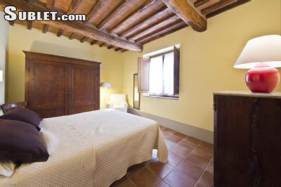 Image 6 furnished 2 bedroom Apartment for rent in Monteriggioni, Siena