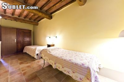 Image 7 furnished 2 bedroom Apartment for rent in Monteriggioni, Siena