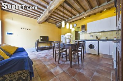 Image 9 furnished 2 bedroom Apartment for rent in Monteriggioni, Siena