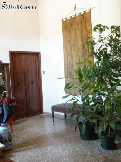 Image 4 furnished 1 bedroom Apartment for rent in Venezia, Venezia