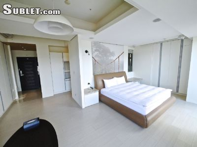 Image 2 furnished Studio bedroom Apartment for rent in Zhongshan, Taipei City