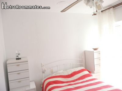 Image 1 Furnished room to rent in Estepona, Malaga Province 3 bedroom Hotel or B&B