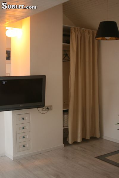 Image 10 furnished Studio bedroom Apartment for rent in Lozenets, Sofia City