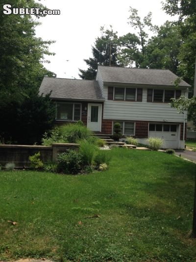 Image 5 furnished 3 bedroom House for rent in Rahway, Union County