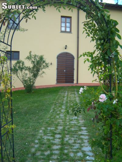 Image 4 furnished 2 bedroom House for rent in Reggello, Florence