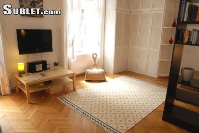 Image 2 furnished 1 bedroom Apartment for rent in District 5, Budapest