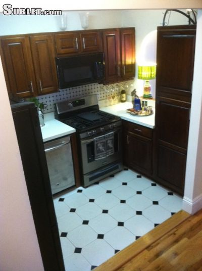 Image 10 furnished 3 bedroom Apartment for rent in Carroll Gardens, Brooklyn
