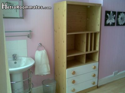 Image 2 Furnished room to rent in Doncaster, South Yorkshire 4 bedroom House