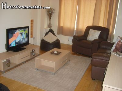 Image 3 Furnished room to rent in Doncaster, South Yorkshire 4 bedroom House