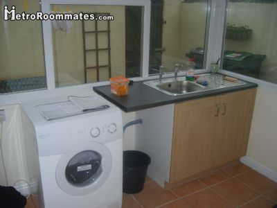Image 5 Furnished room to rent in Doncaster, South Yorkshire 4 bedroom House