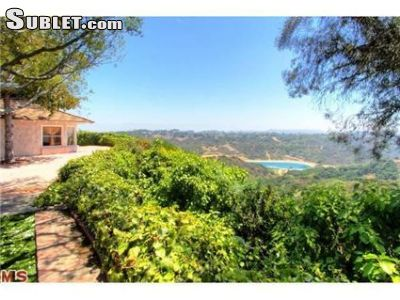 Image 10 furnished 3 bedroom House for rent in Bel Air, West Los Angeles
