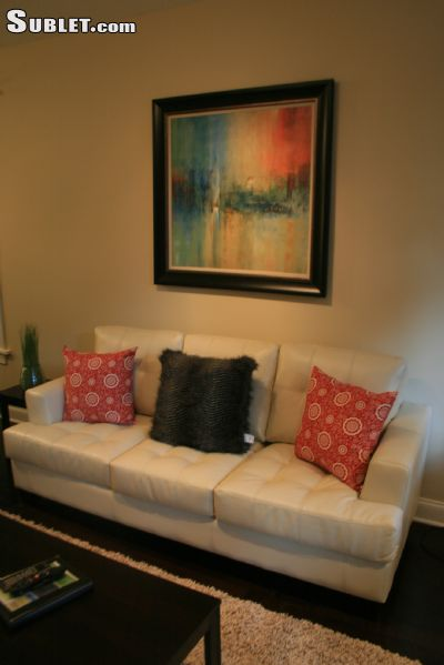 Image 3 furnished 2 bedroom Apartment for rent in Lakeview, North Side