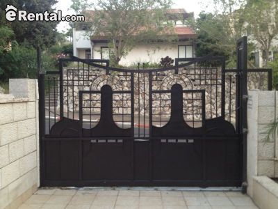 Image 5 either furnished or unfurnished 4 bedroom House for rent in Nazerat Illit, North Israel