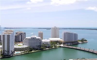$3900 2 Brickell Avenue, Miami Area