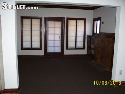 Image 2 unfurnished 2 bedroom Apartment for rent in Watts, South Los Angeles