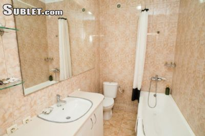 Image 7 furnished 3 bedroom Apartment for rent in Centru, Chisinau