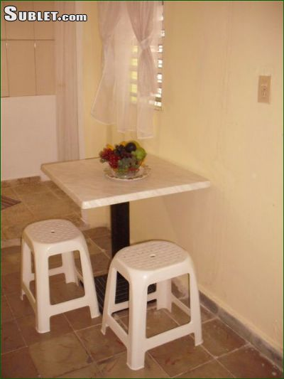 Image 2 Furnished room to rent in Plaza de la Revolucion, Ciudad Habana 1 bedroom Dorm Style