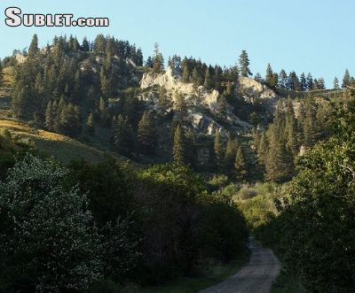 Image 5 furnished 2 bedroom House for rent in Cashmere, Cascade Mountains