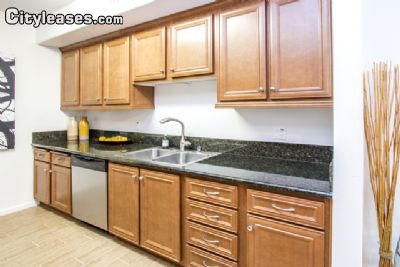 Image 5 unfurnished 3 bedroom Apartment for rent in Canoga Park, San Fernando Valley