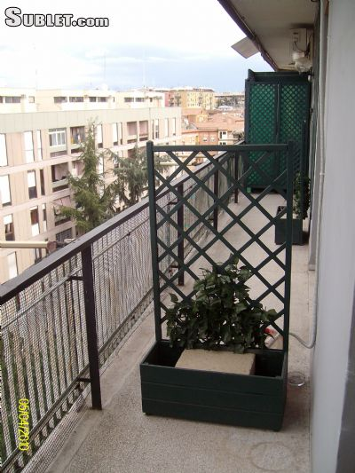 Image 5 furnished 4 bedroom Apartment for rent in Tuscolano, Roma (City)