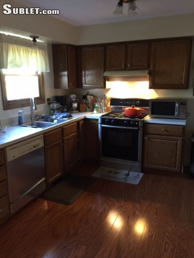 Image 3 furnished 1 bedroom House for rent in Brunswick, Medina County