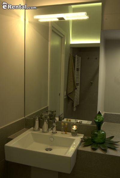 Image 8 furnished 4 bedroom Apartment for rent in Foggia, Foggia