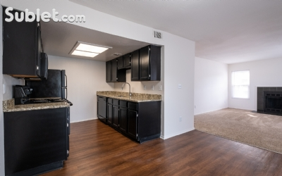 Overland Park Unfurnished 2 Bedroom Apartment For Rent 975 Per Month Rental Id 2561000