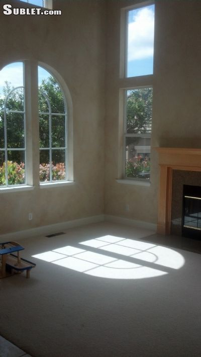 Image 3 furnished 4 bedroom House for rent in Santa Rosa, Sonoma County