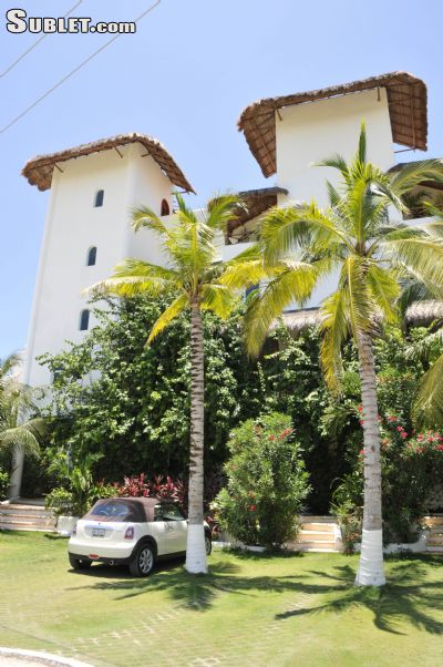 Image 2 furnished 4 bedroom House for rent in Benito Juarez, Quintana Roo