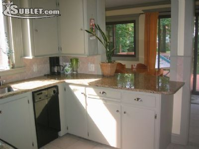 Image 4 furnished 4 bedroom House for rent in Rutherford, Bergen County
