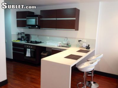 Image 2 furnished 1 bedroom Apartment for rent in Usaquen, Bogota