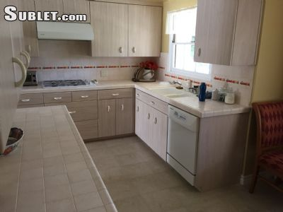 Image 10 furnished 5 bedroom House for rent in Valley Village, San Fernando Valley