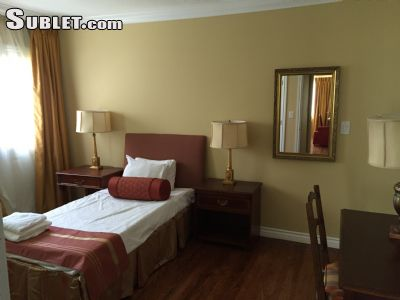 Image 4 furnished 5 bedroom House for rent in Valley Village, San Fernando Valley