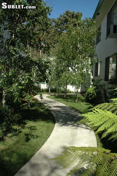 Image 5 unfurnished 1 bedroom Apartment for rent in Griffith Park - Los Feliz, Metro Los Angeles