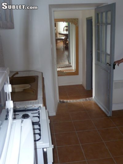 Image 2 furnished 1 bedroom Apartment for rent in Albi, Tarn