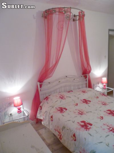 Image 4 furnished 1 bedroom Apartment for rent in Albi, Tarn