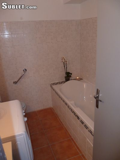 Image 5 furnished 1 bedroom Apartment for rent in Albi, Tarn