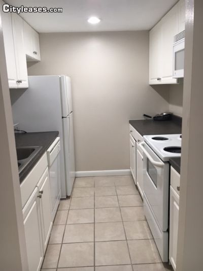 Image 2 either furnished or unfurnished 1 bedroom Apartment for rent in Johnston, Greater Providence