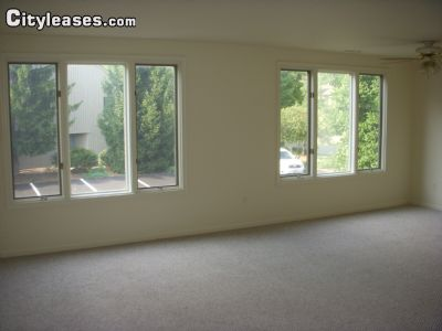 Image 2 unfurnished 1 bedroom Apartment for rent in Mahwah, Bergen County