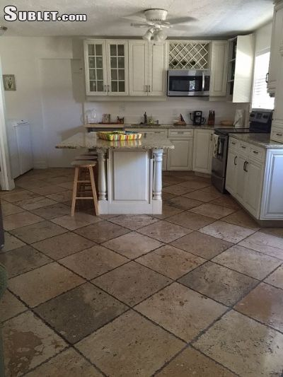 Image 2 furnished 1 bedroom House for rent in Naples, Collier (Naples)