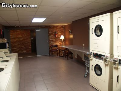 Image 7 unfurnished 2 bedroom Apartment for rent in Waukegan, North Suburbs