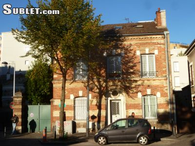 Image 1 Furnished room to rent in Saint-Denis, Seine-Saint-Denis 5 bedroom Townhouse