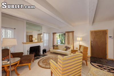 3 bedroom Miracle Mile District