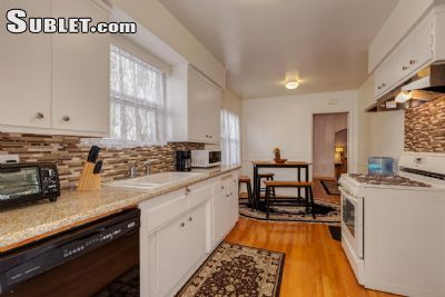 Image 3 furnished 3 bedroom House for rent in Miracle Mile District, Metro Los Angeles