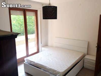 Image 5 furnished 2 bedroom Apartment for rent in Massa, Massa Carrara