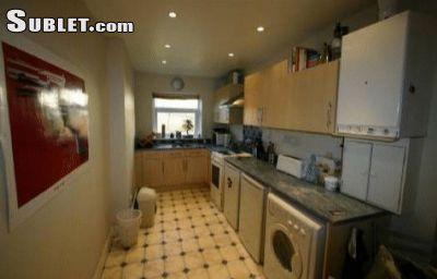 Image 2 Furnished room to rent in City of Durham, Durham 3 bedroom House